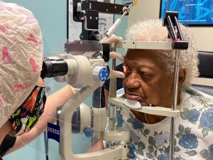 Dr Todd prepares patient for DURYSTA glaucoma treatment